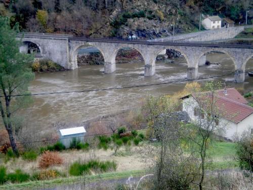 pont Loire.jpg